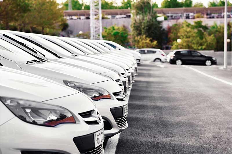 Még mindig a flottaautók az autópiac élénkítői